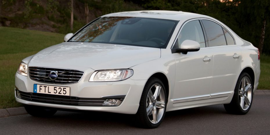 Ventas octubre 2015, Suecia: El Volvo V70 se mantiene líder