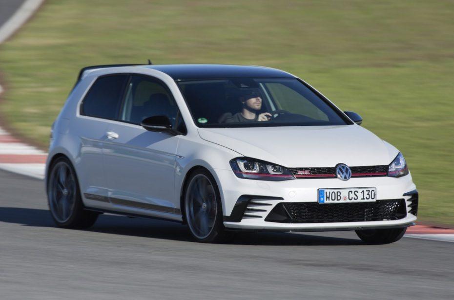 El Volkswagen Golf cerró 2015 como líder en Europa: Ford Fiesta y VW Polo cierran el podio