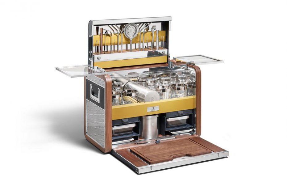 Ojo a este extra de Rolls-Royce: Se trata de un kit para hacer «botellón fino» y cuesta 31.515 euros
