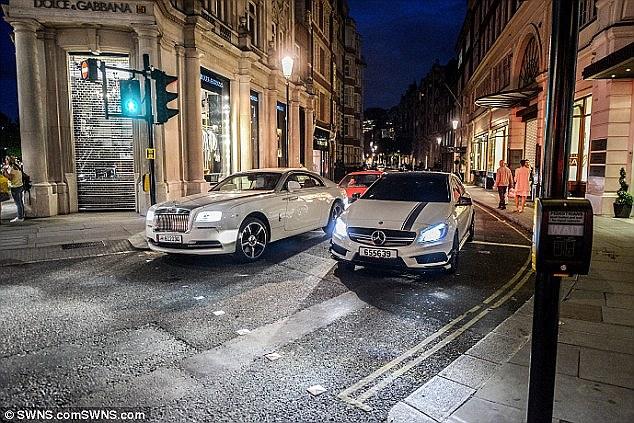 ¡Europa está que arde! Londres multará a todo aquél que tenga una conducta «antisocial» al volante
