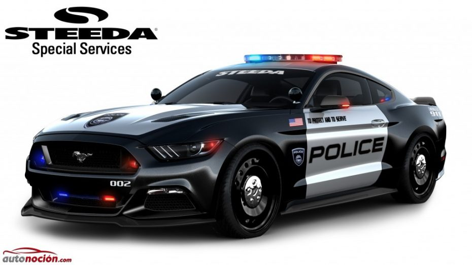 Al Ford Mustang no le sientan nada mal el uniforme y los caballos extra: Ay, ¡quién fuera policía!