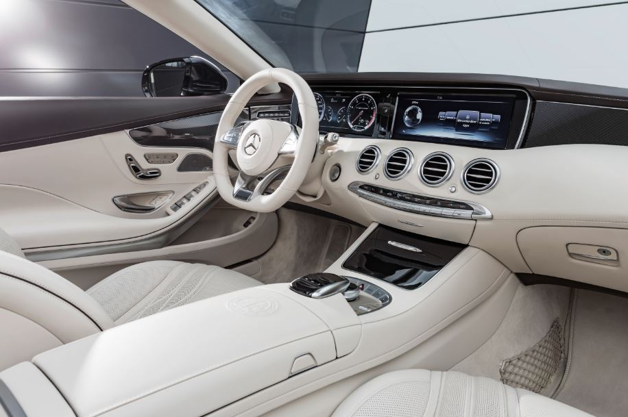 Mercedes-AMG S65 Cabriolet 1