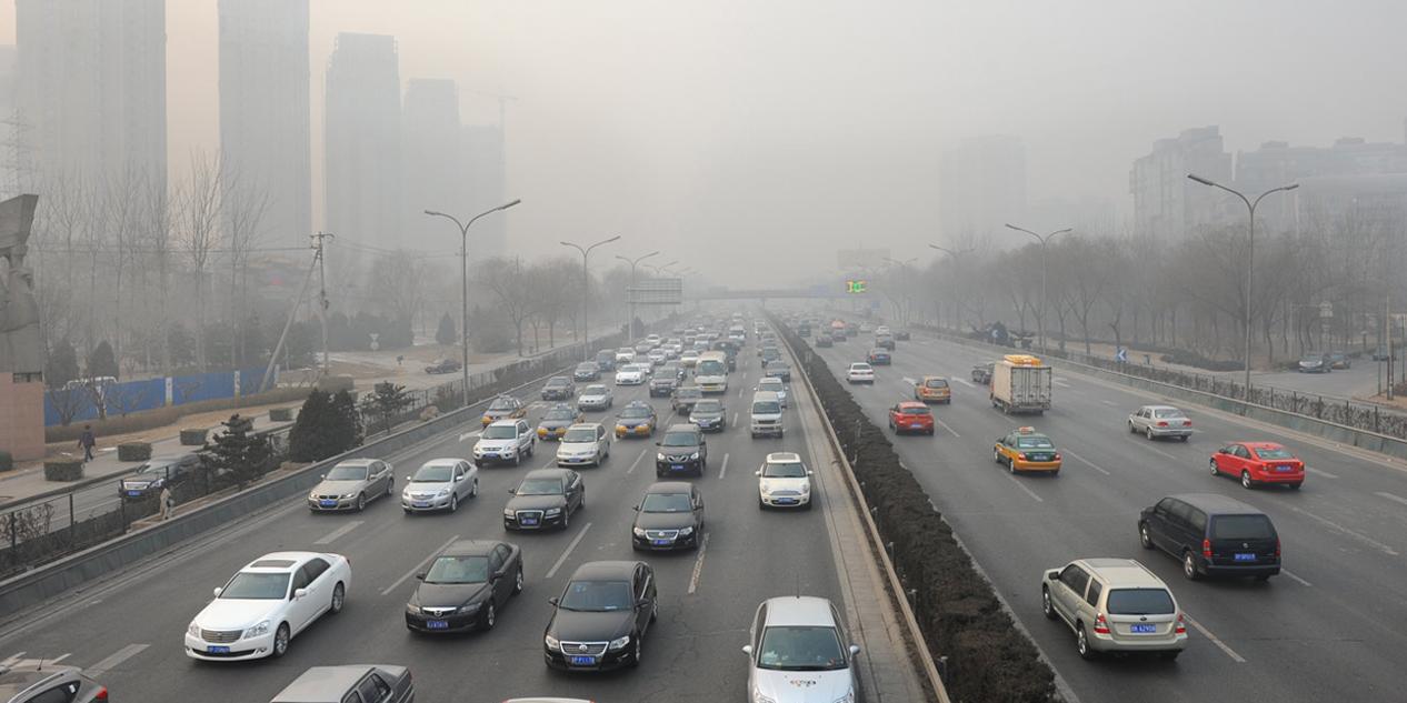 La alta contaminación en China hace que ir en coche sea más sano que andando