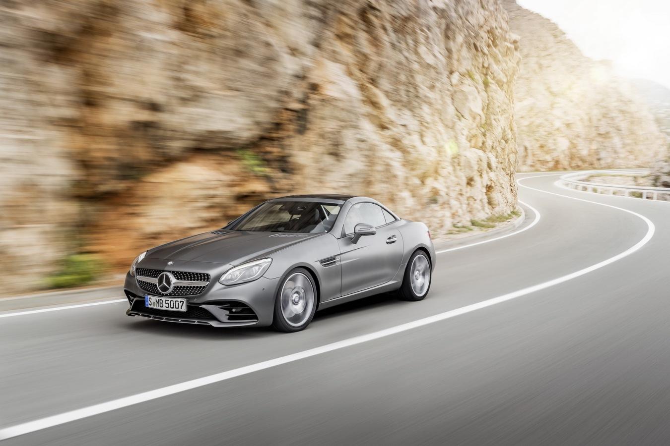 Estos son los precios, los paquetes y el equipamiento del Mercedes-Benz SLC: ¡Maldito dinero!