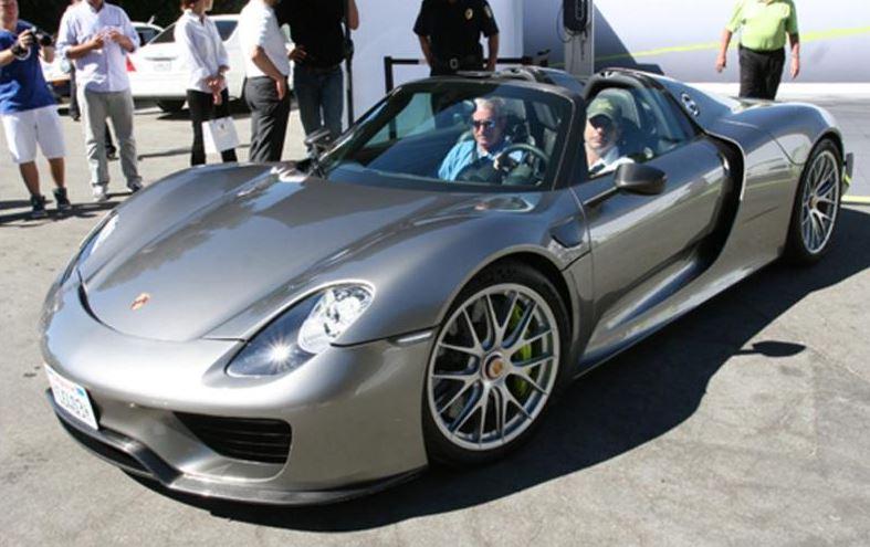 ¿Pagar casi 200.000 euros por una réplica del Porsche 918 Spyder teniendo uno original?