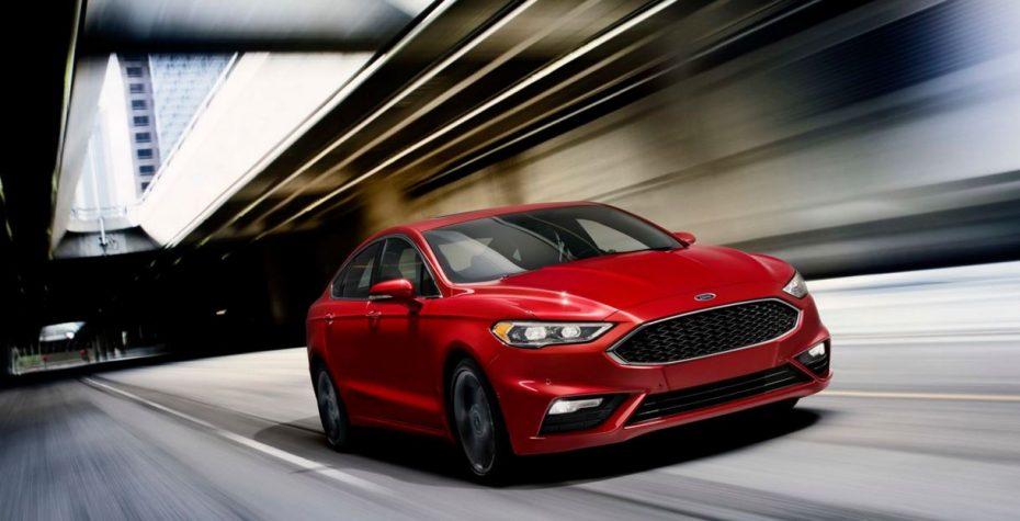 Ford llama a revisión en Estados Unidos a 1,4 millones de vehículos por un problema en el volante
