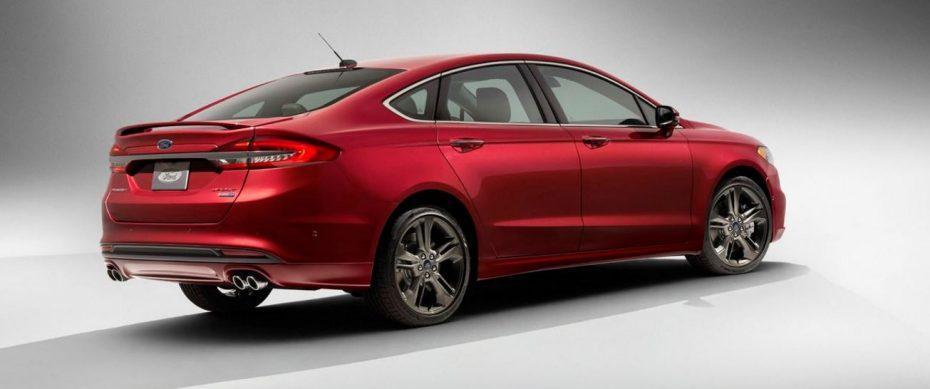 Así es el facelift del Fusión / Mondeo 2016:  Mejoras, cambios estéticos y un nuevo EcoBoost V6 de 325 CV