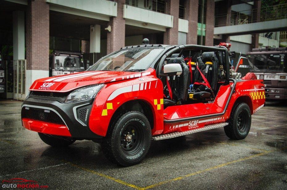 Te presentamos el Red Rhino LF5G: Un coche de bomberos digno de protagonizar 'Jurassic Park'