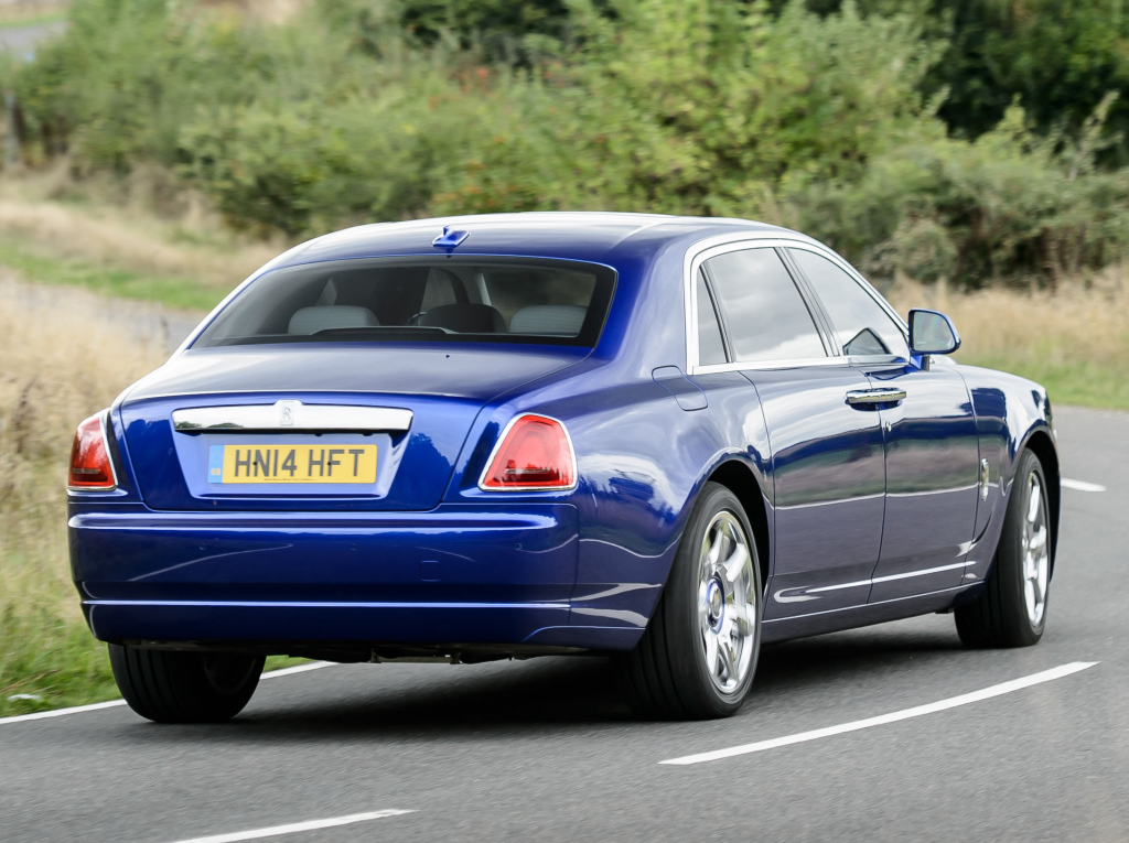 rolls-royce_ghost_ewb_uk-spec_20