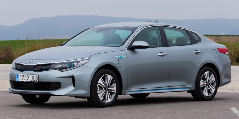 Así es el nuevo Kia Optima híbrido: Ahora enchufable, más frugal y eficaz