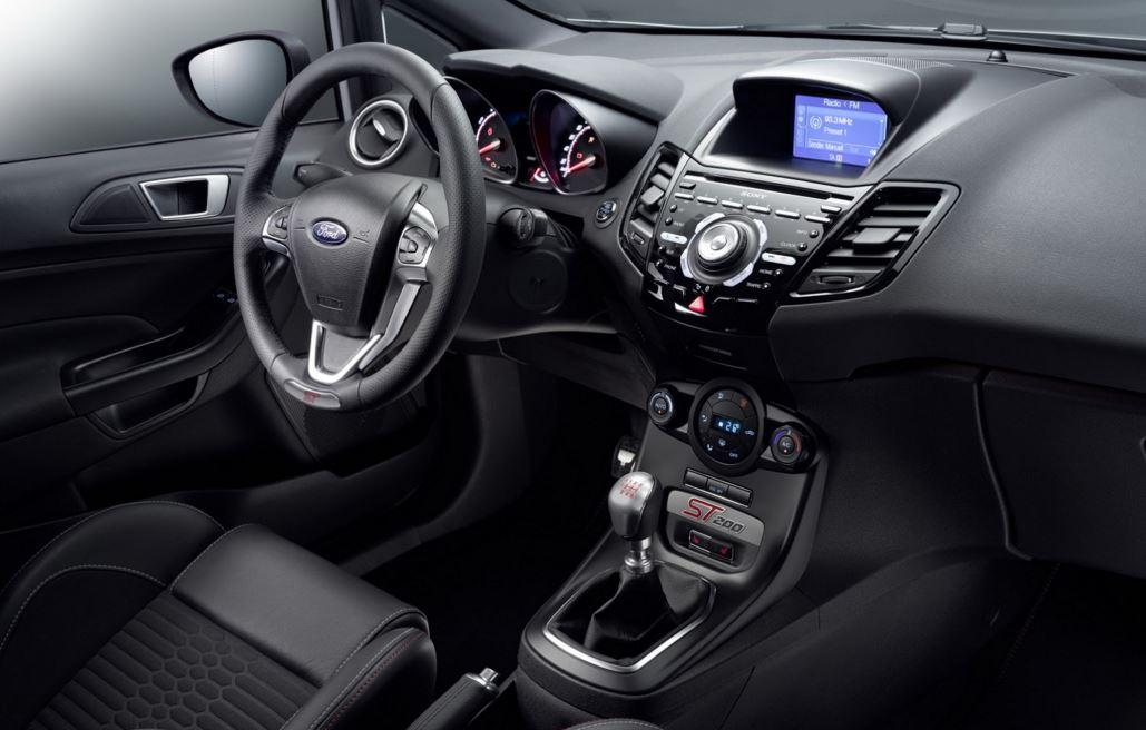 Ford Fiesta ST200 9