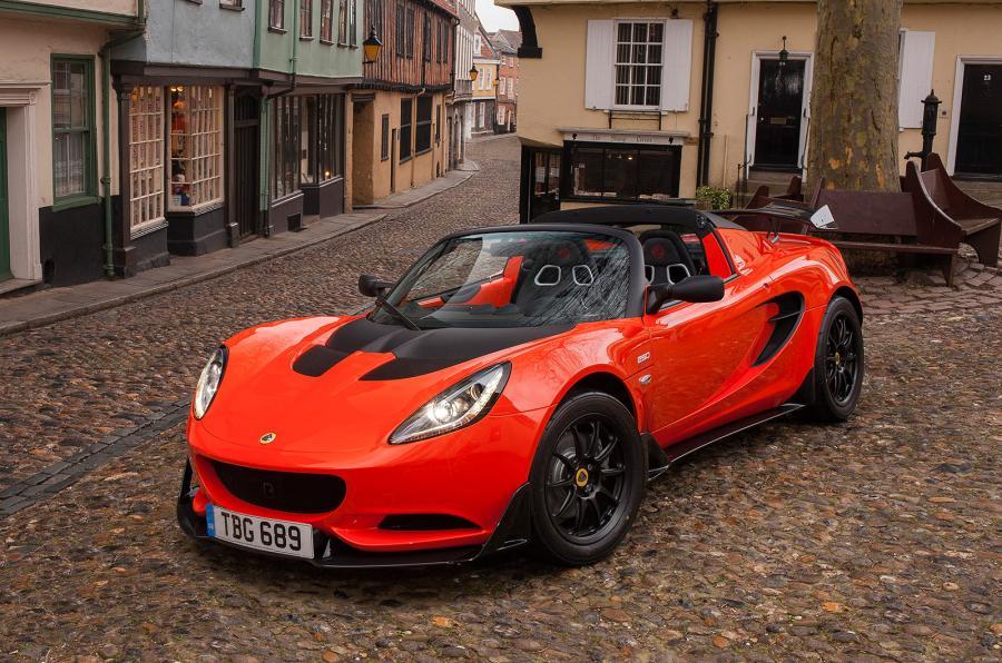 Lotus Elise Cup 250: Una 'bala' de tan sólo 931 kg para disfrutar al volante