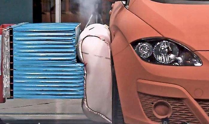 airbag exterior 2