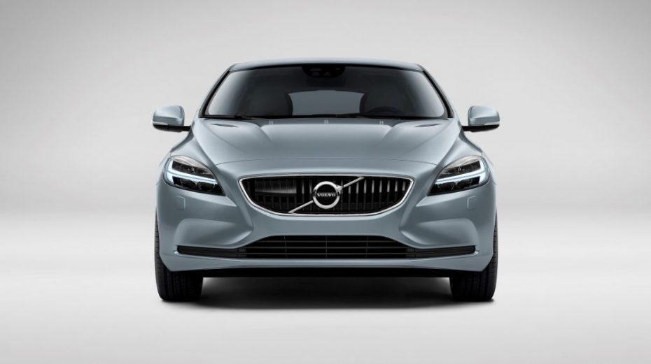 Volvo renueva la familia V40: ¡Llega el espectacular Martillo de Thor!