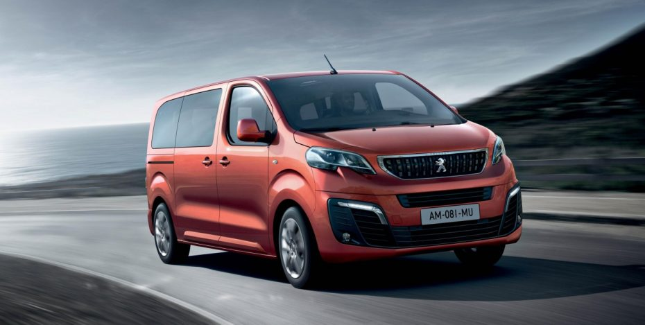 Así es el nuevo Peugeot Traveller: Todos los detalles del multiespacio francés
