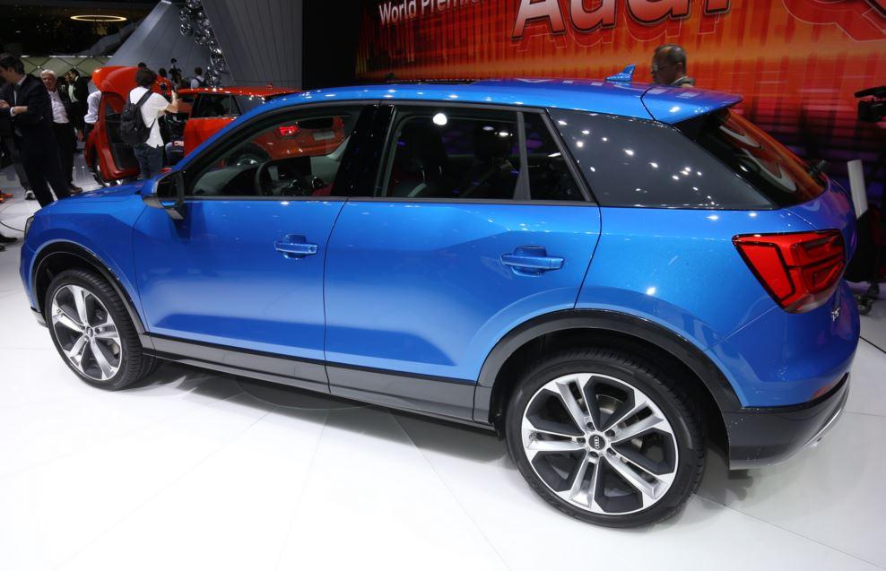 Audi Q2 azul 2