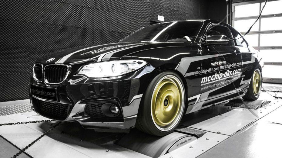 Si sueñas con un BMW M235i McChip-DKR te lo pone fácil: Hasta 320 CV para este espectacular 220i