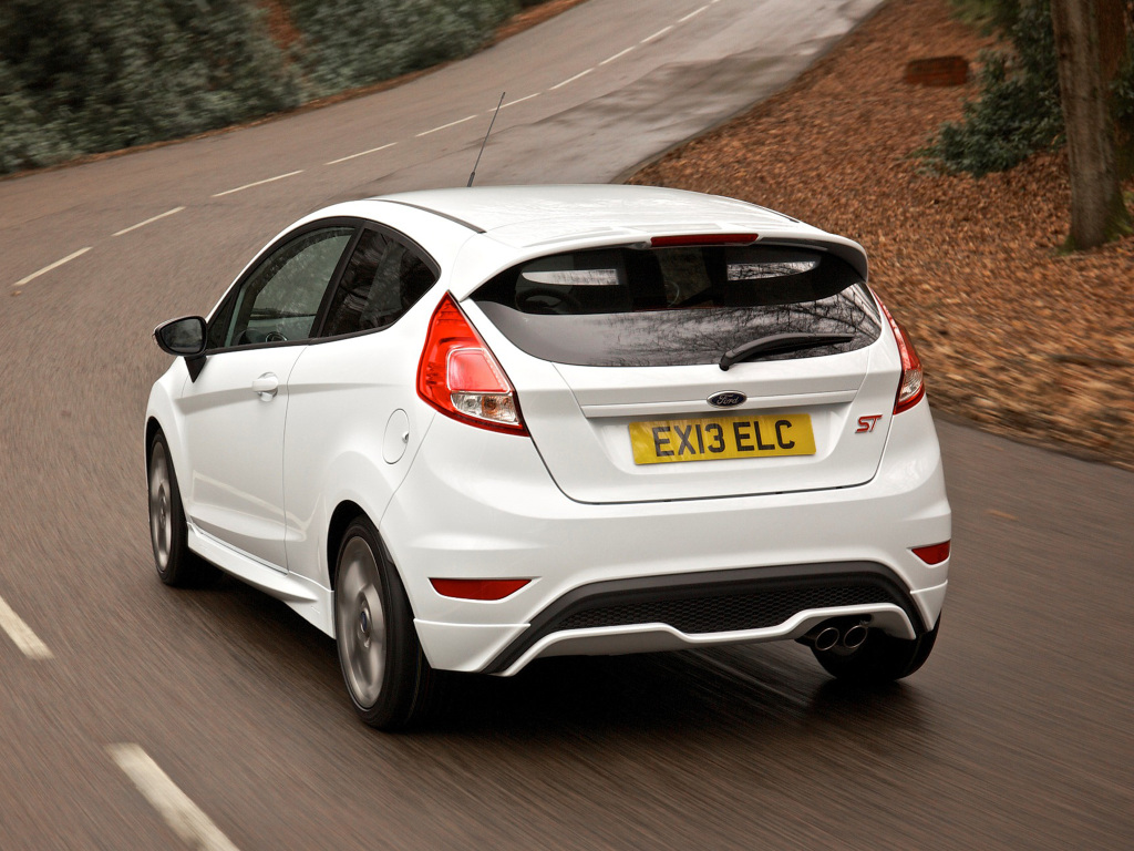 ford_fiesta_st_3-door_uk-spec_4