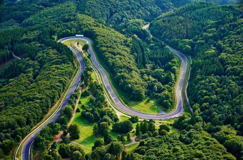 Nürburgring recupera su esencia: ¡Fuera límites de velocidad!