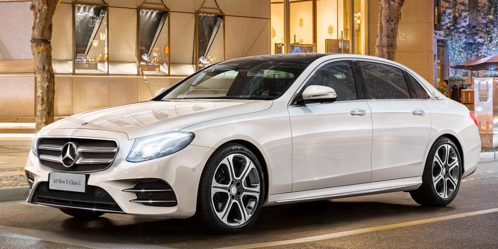 Mercedes presenta en Pekín su nuevo Clase E Largo: Más elegancia y capacidad
