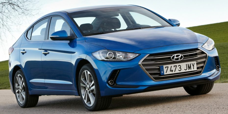 El nuevo Hyundai Elantra aterriza con buenas promociones: Desde 14.975 €