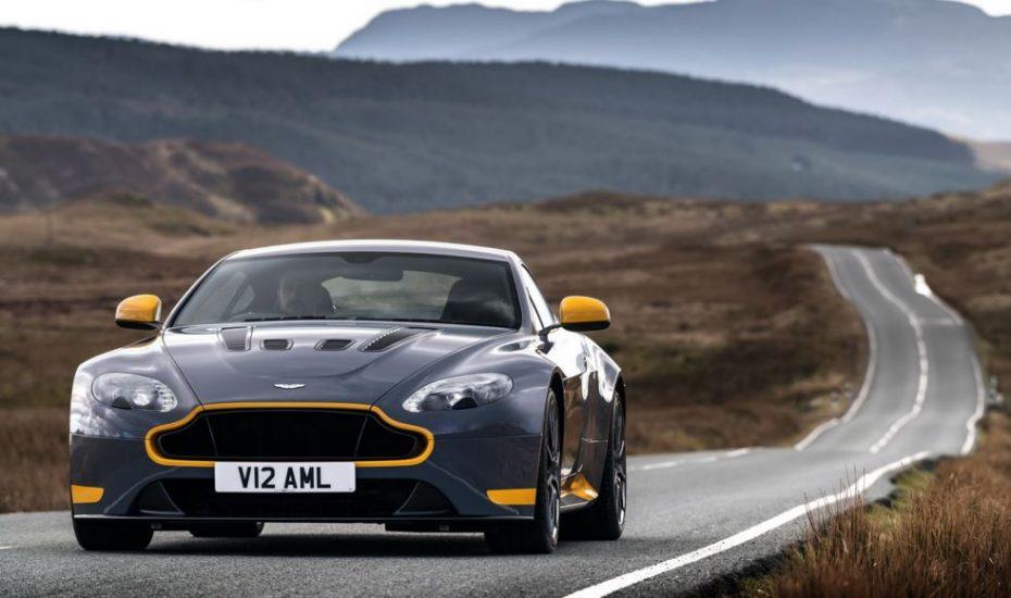 ¿Querías un Aston Martin con cambio manual?, pues aquí tienes un V12 con un cambio de 7 velocidades…
