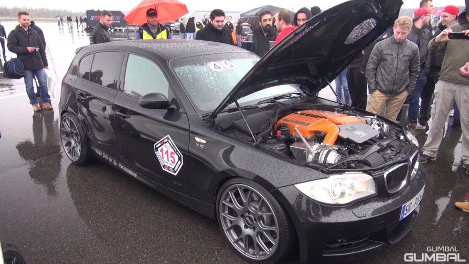 Vale, no es un BMW M5 ¡Pero bajo su capó esconde el mismo bloque V10 con 750 CV!