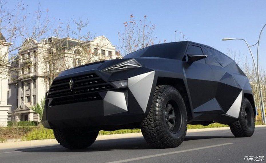 ¿Batman también se apunta a la moda SUV? Atento a esta salvaje criatura de IAT Auto