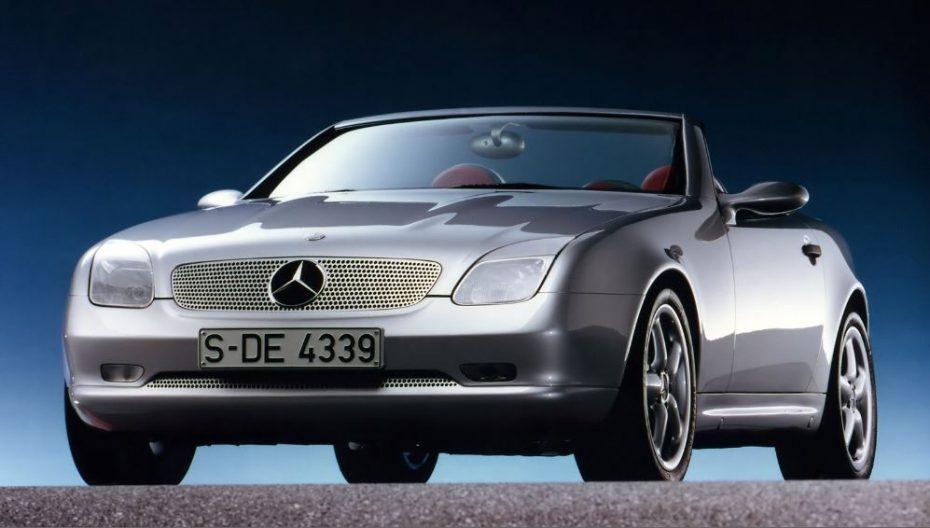 El Mercedes-Benz SLK cumple 20 primaveras: Cambia su denominación, pero no su esencia