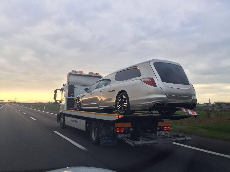 Ojo a este Porsche Panamera fúnebre ¡Esto sí que es morir a lo grande!