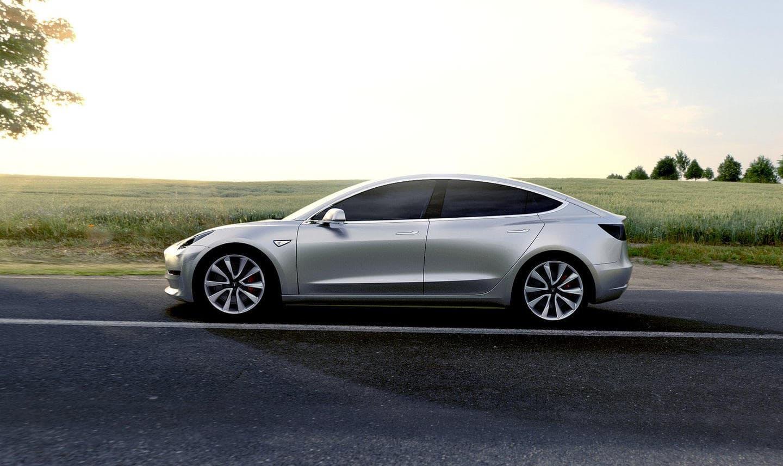 Tesla Model 3 (10)