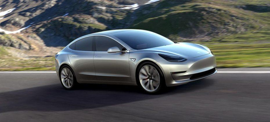 Tesla engrasa la línea de producción del Model 3: Los objetivos están cada vez más cerca
