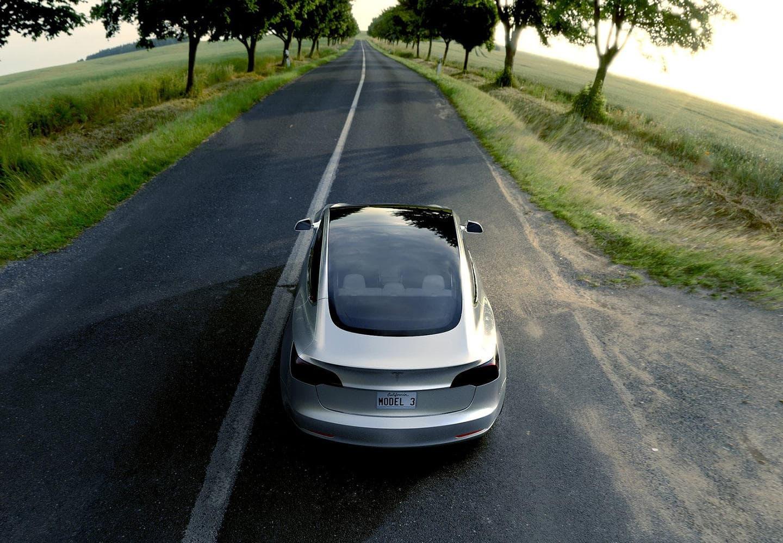 Tesla Model 3 (7)