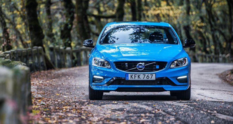 Volvo S60 y V60 Polestar: Novedades, pérdida de peso y 367 CV suecos bajo el capó y sí, llegará a España