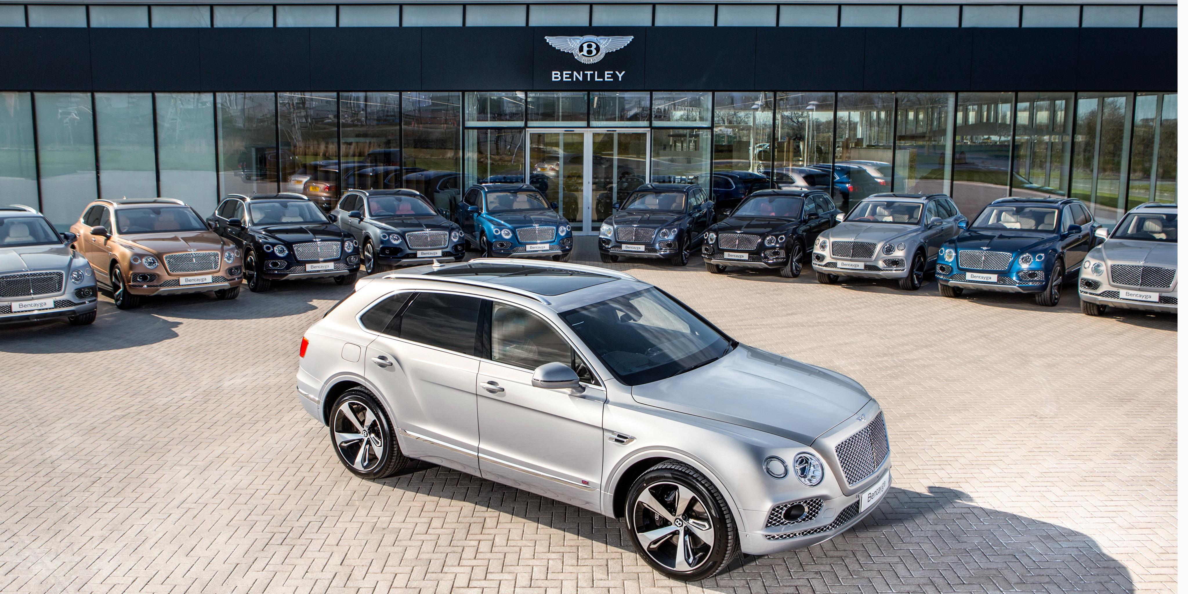 Ventas de las novedades más recientes en marzo: Llegan los Bentley Bentayga
