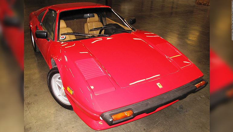 Recupera su Ferrari 308 GTSI robado después de 28 años…