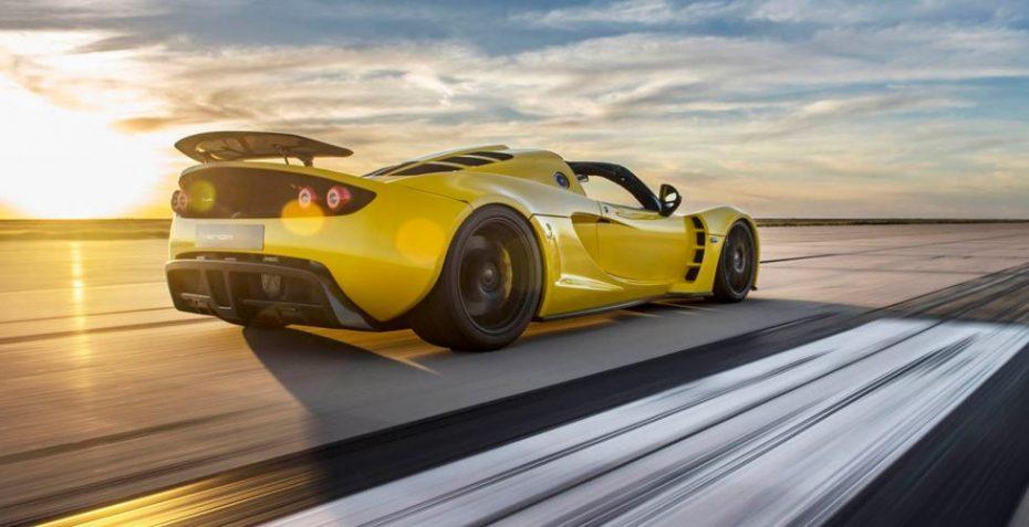 El coche que le quitó el récord de velocidad al Bugatti Veyron estaba averiado y contaba con 300 CV menos…