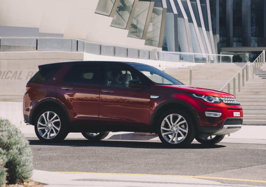 Land Rover llama a revisión a 22.657 unidades de los Discovery Sport y Evoque: Por ahora, solo en USA