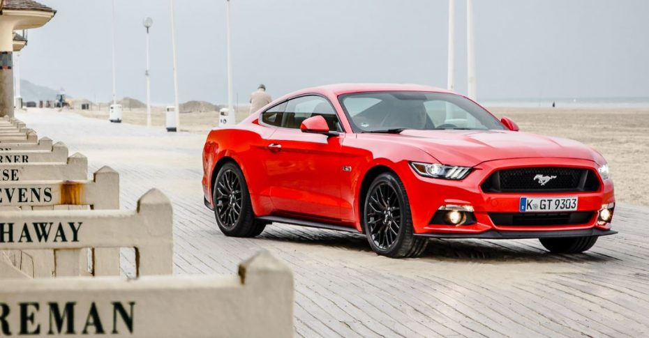 ¿Todavía no has visto ningún Ford Mustang por la calle?, pues ojo, porque es el coupé deportivo más vendido…