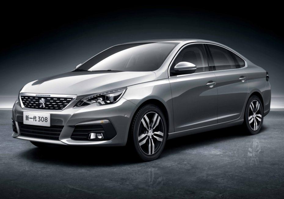 """El Peugeot 308 estrena versión sedán: Su diseño """"noventero"""", su principal reclamo"""
