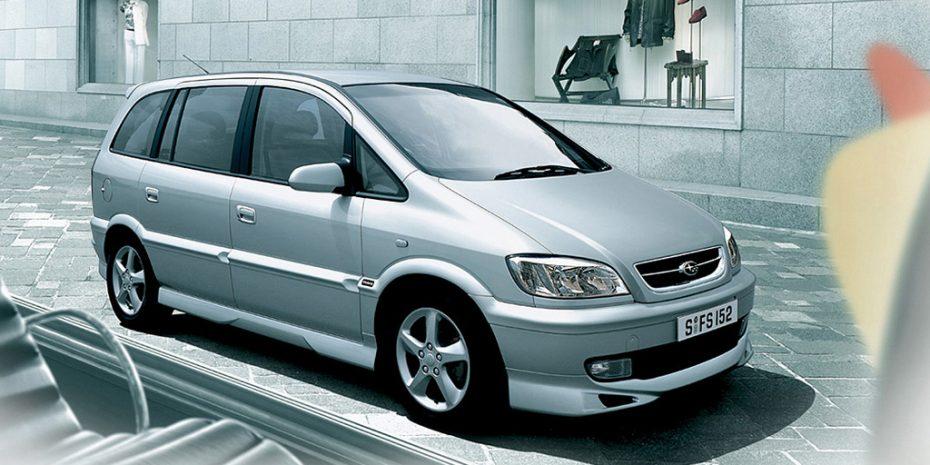 El Traviq es el coche que Subaru jamás debió vender: Ni bóxer ni AWD ni estilo