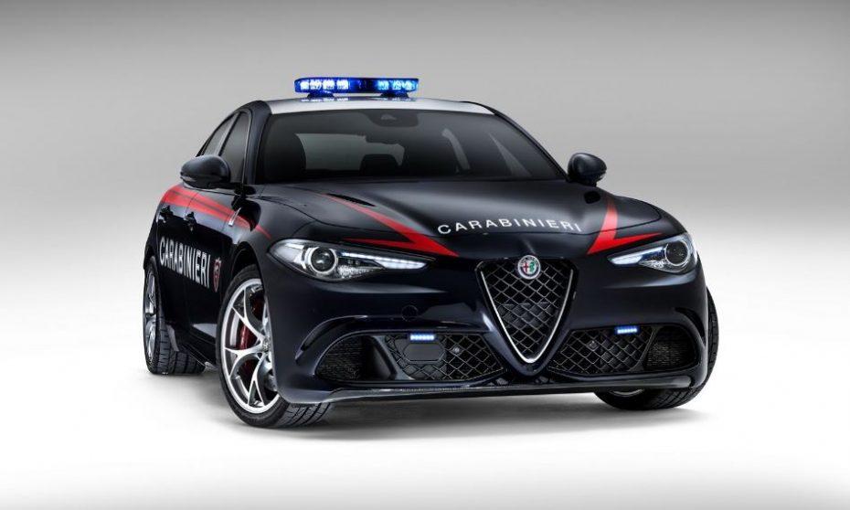 [Galería] Así le queda el traje policial al Alfa Romeo Giulia Quadrifoglio: 510 CV para hacer cumplir la ley