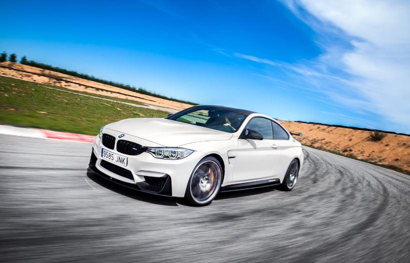 BMW M4 CS: El GTS se civiliza y llega de forma limitada a España por 132.900 euros