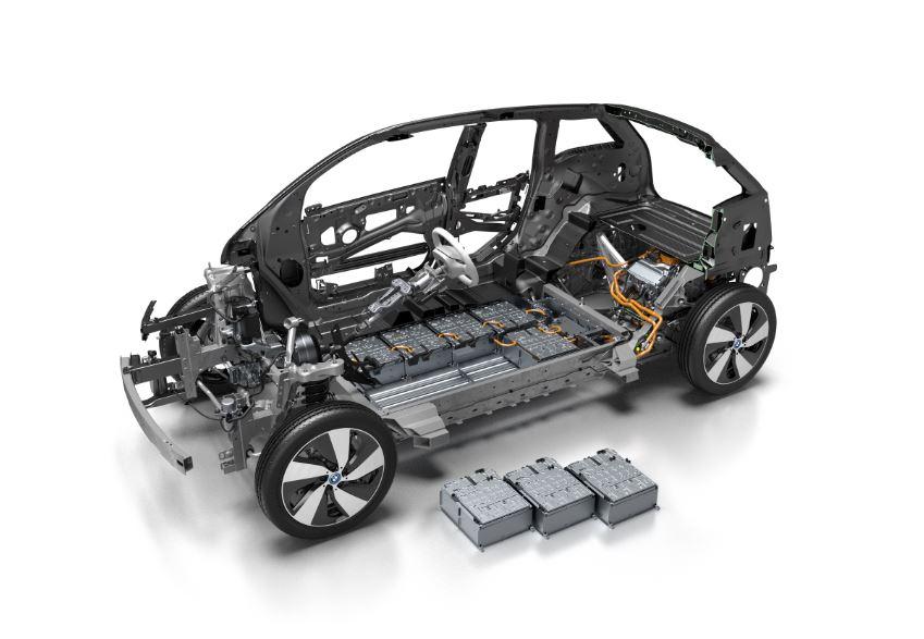 La farsa de los vehículos eléctricos: Contaminan prácticamente lo mismo que los convencionales