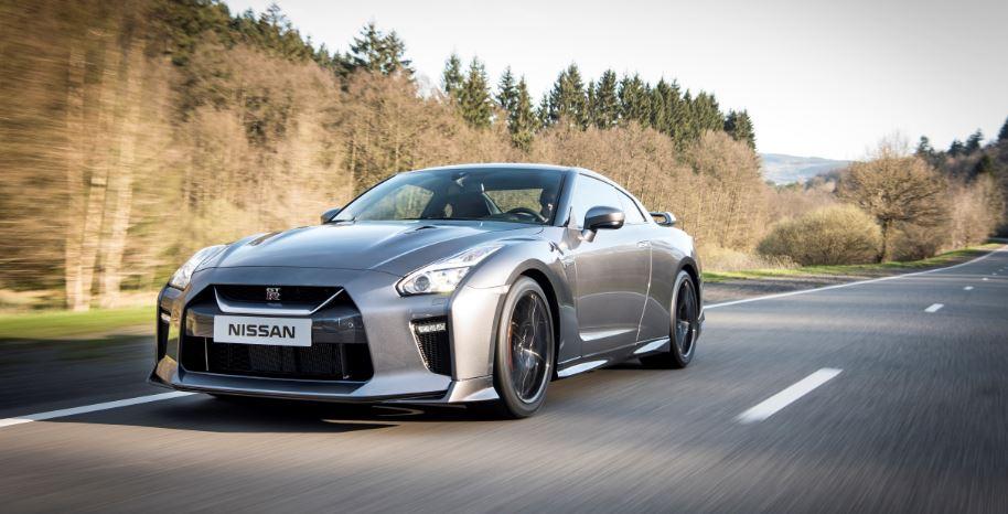 Nissan GT-R MY 2017: Más potente, más refinado y más elegante pero con la misma esencia