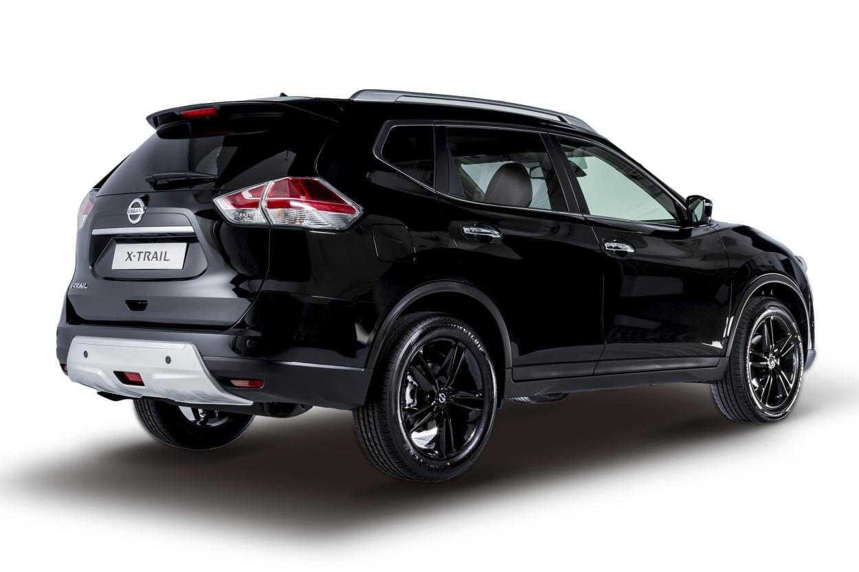 NissanQashqai-XTrail-Black-Edition14