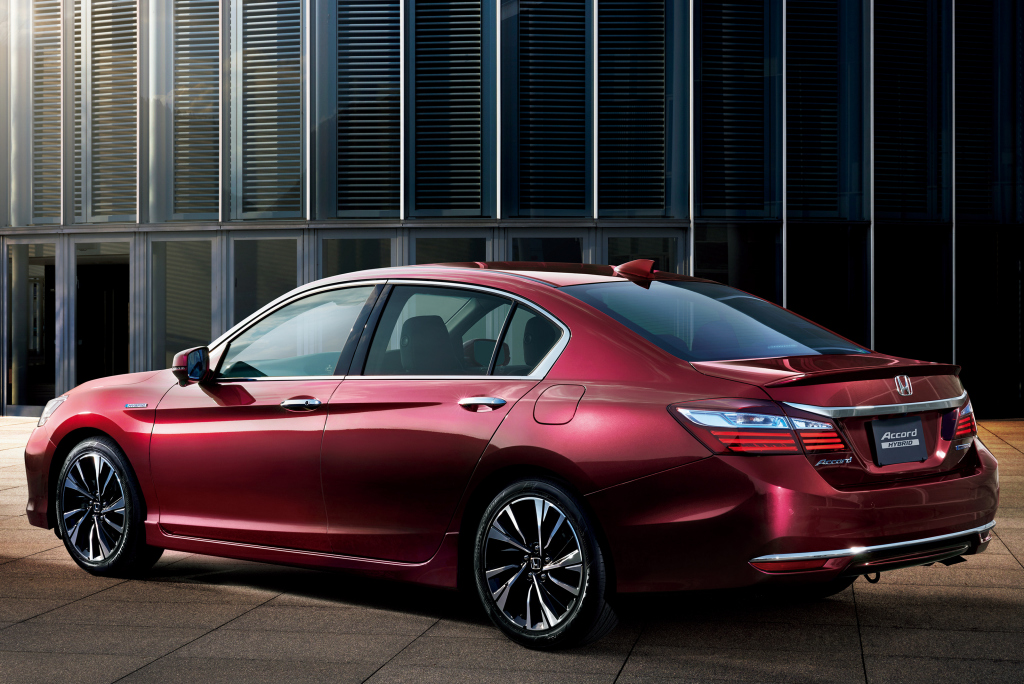 honda_accord_hybrid_25