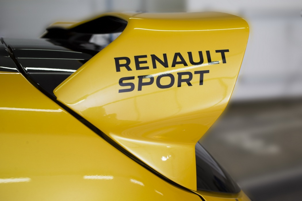 renault-clio-rs-16-1