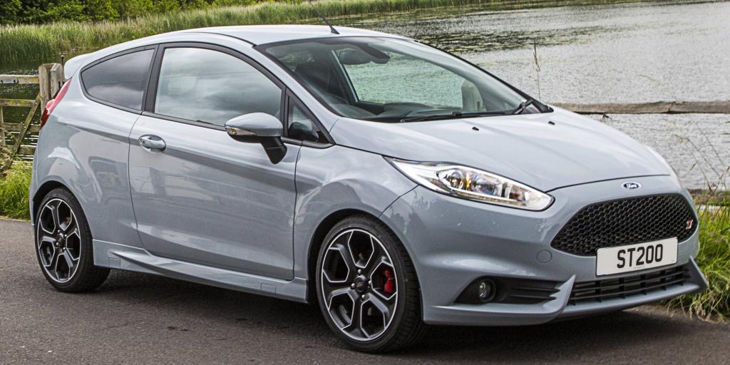 Ya a la venta el Ford Fiesta ST200: ¿Pagarías más de 3.500 € por 18 CV extra?