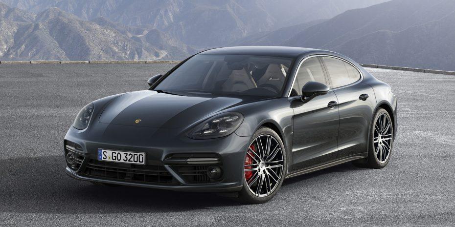 Aquí está el nuevo Porsche Panamera: Más bonito, más tecnológico, más…